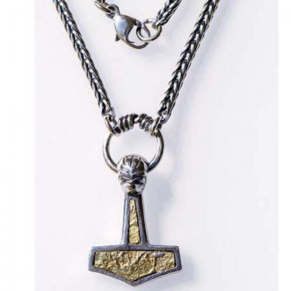 Thors Hammer med kaede og guld